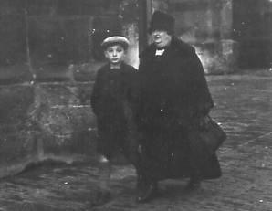 Elie & Bella WeijlOldenzaal, 1929