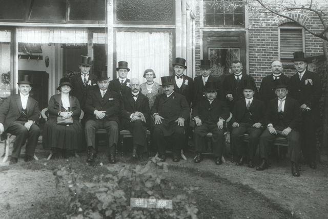 Oldenzaal, 1930 Viering 50-jarig bestaan synagoge foto Museum Het Pathehuis, Oldenzaal